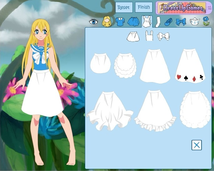 Play Alice in Wonderland Dress Up Game Full Screen
